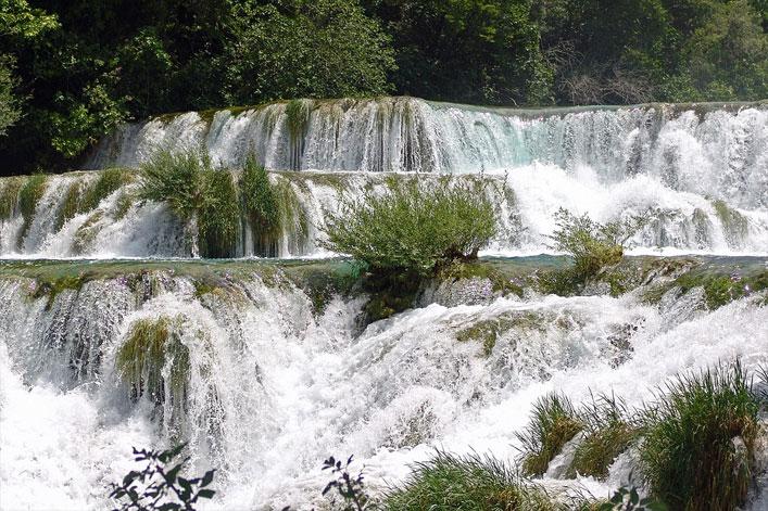 Die Krka Wasserfälle in Dalmatien